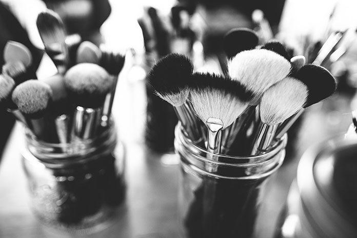 Kosmetyk mineralny – czemu jest lepszy?